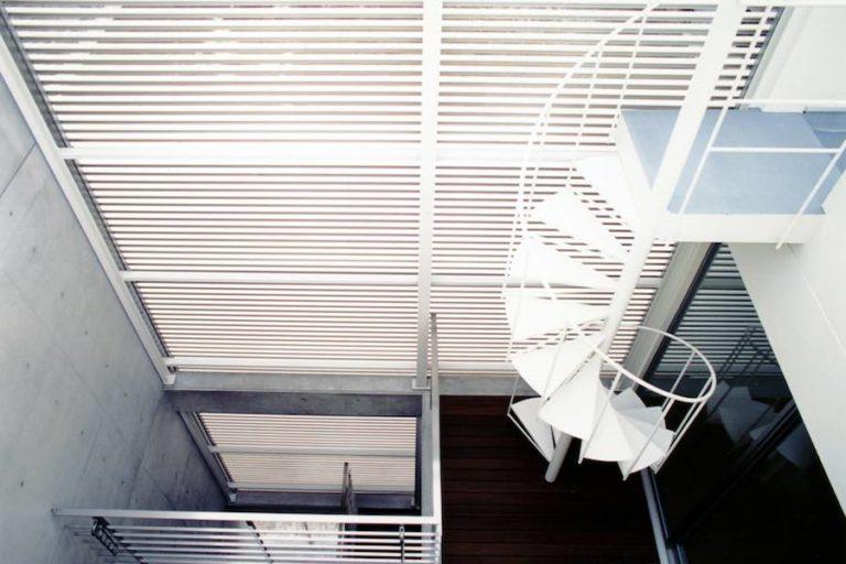 都市型住宅の光庭デッキ,神戸,設計事務所