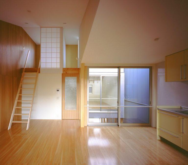 リビングから繋がる小空間のロフト,神戸,設計事務所
