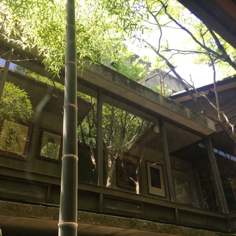 目神山の家 中庭,神戸,設計事務所
